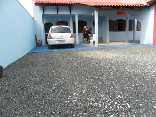 Alugo Por Diárias Casa Mobiliada Na Praia De Piçarras Sc. 58105