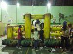 Animador de festas e brinquedos infláveis e touro mecânico.