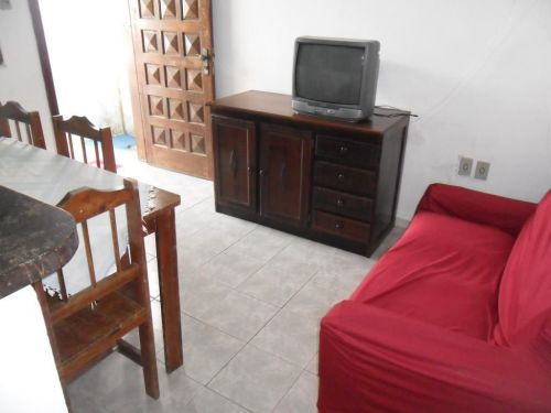 Alugo Por Diárias Casa Mobiliada Na Praia De Piçarras Sc. 58107