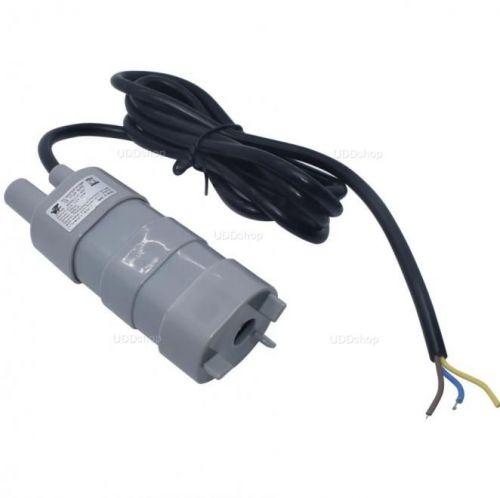 Mini Bomba de Água Submersível Ideal para Irrigação, Aquários ou Viveiros de Peixes. Vasão 600L/H Tensão DC 12V V2 592839