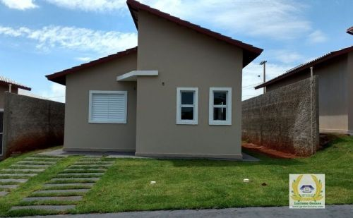 Casas individuais em condomínio 3 Quartos 1 Suíte construídas em lotes de 200 m2 em Trindade  Go 411072