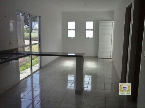 Casas individuais em condomínio 3 Quartos 1 Suíte construídas em lotes de 200 m2 em Trindade  Go 411073