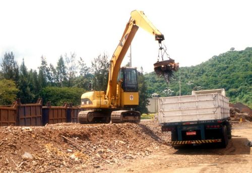 Eletroima de Sucatas - Reciclagem Industrial - Pátio de Sucatas - Sucateiro - Lixo Industrial - Ferro Velho - Tarugos - Ferro - Aço - Siderurgica - Metalurgica -  346244