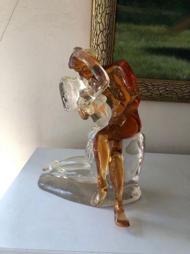 Escultura em acrílico: o Beijo 561881