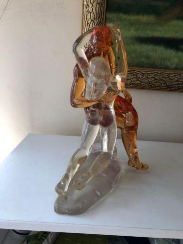 Escultura em acrílico: o Beijo 561882
