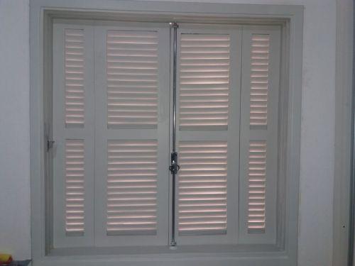 Manutenção e Conserto de janelas portas box e persianas 11 984022418 whatsapp 441660