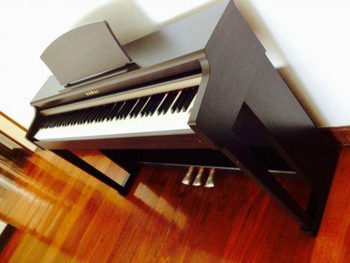 Pianos Fritz Dobbert e Kawai 343167