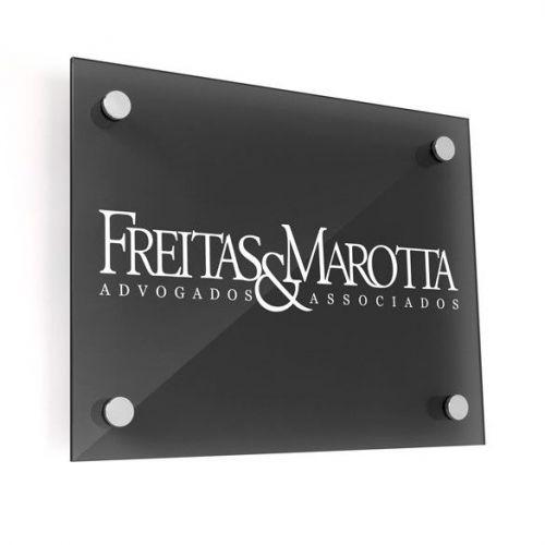 placa de vidro com adesivos recorte instalação em goiânia 363583