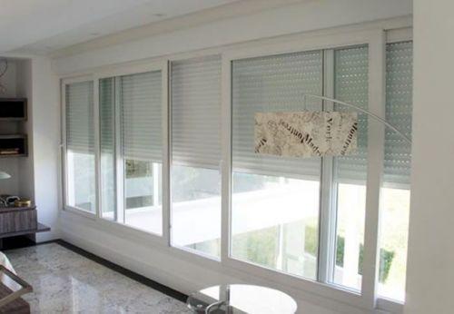 Vedação de portas e janelas de alumínio 370136