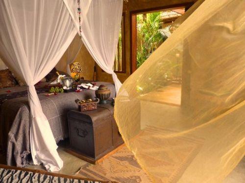 Vende  uma maravilhosa casa de artista para gentes exigentes em Arraial d'ajud na Bahia 430722